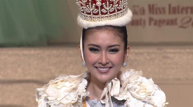 Chiêm ngưỡng vẻ đẹp Á Đông của tân Hoa hậu Quốc tế