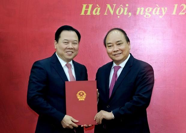 Thủ tướng trao quyết định bổ nhiệm Chủ tịch Uỷ ban Quản lý vốn nhà nước tại doanh nghiệp