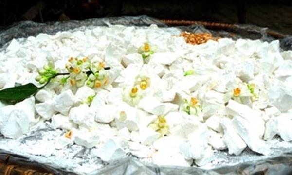 Hoa bưởi sẽ là làm giảm dược tính của bột sắn dây một cách đáng kể.