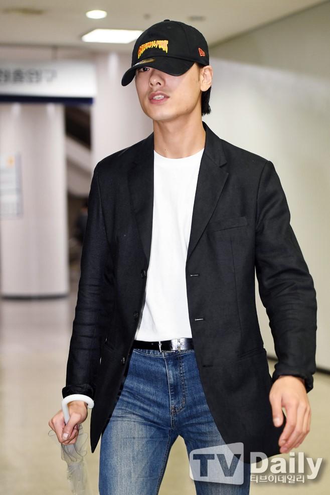 Rapper Hàn Quốc bị kết án tù vì quấy rối tình cũ - ảnh 1