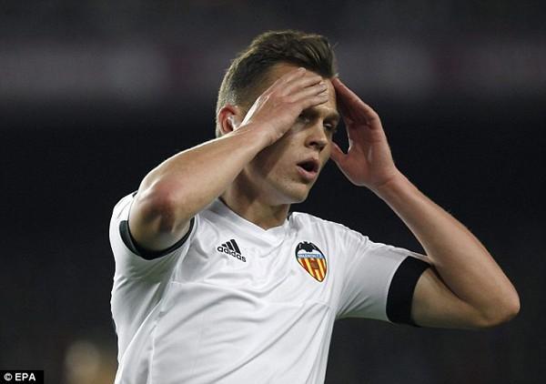 Anh từng bị coi là nguyên nhân khiến Real Madrid bị loại khỏi Copa del Rey 2015. Không hiểu vì lý do gì mà HLV Real khi đó Rafael Benitez lại tung Cheryshev vào sân trong chiến thắng 3-1 trước Cadiz dù tiền vệ người Nga đang thụ án treo giò.