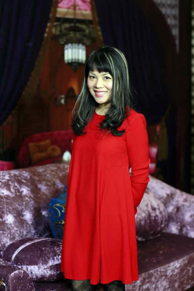 Bạch Dương tiết lộ giờ đây cô vẫn tham gia một số chương trình, tuy nhiên không còn biên chế như trước đây.