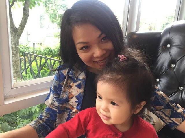 Các con của nữ MC duyên dáng của VTV. Cô muốn dành nhiều thời gian đồng hành cùng các con trong những năm tháng tuổi thơ.