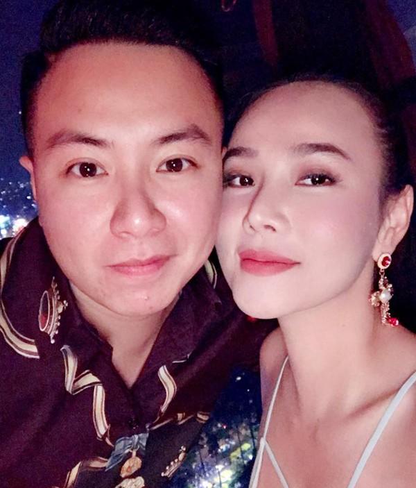 Dương Yến Ngọc và bạn trai kém 8 tuổi khi còn hạnh phúc.