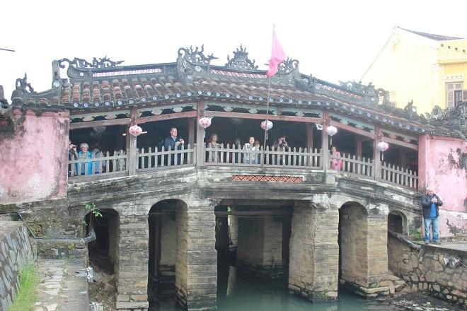 Le pont-pagode