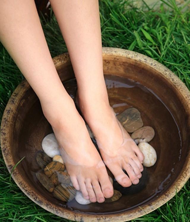 Kết quả hình ảnh cho nguyên nhân nước ăn chân