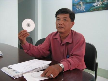 Ông Hiếu trình bày những bức xúc cũng như chứng cứ tố cáo ông Nguyễn Trường Sơn, Chủ tịch HĐQT Quỹ TDNDCS Cần Thơ