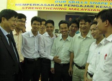 Tổng cục trưởng Nguyễn Tiến Dũng thăm các thầy cô đang theo học tại Ciast