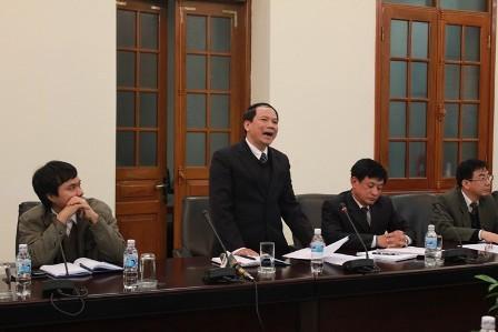 Ông Phích, Phó Chánh án TAND TP.Hải Phòng tại cuộc họp báo.