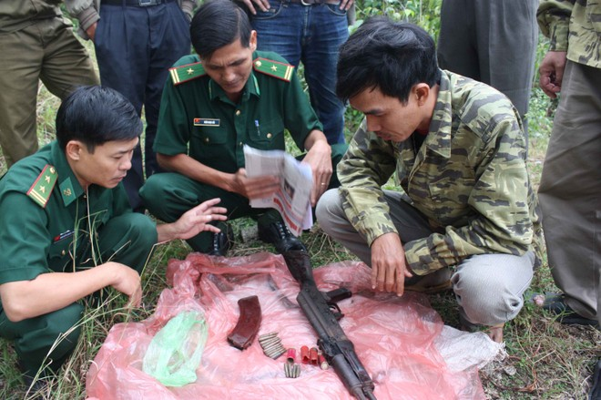 TSBP tỉnh Khánh Hòa thu giữ vũ khí quân dụng trên bán đảo Hòn Hèo.