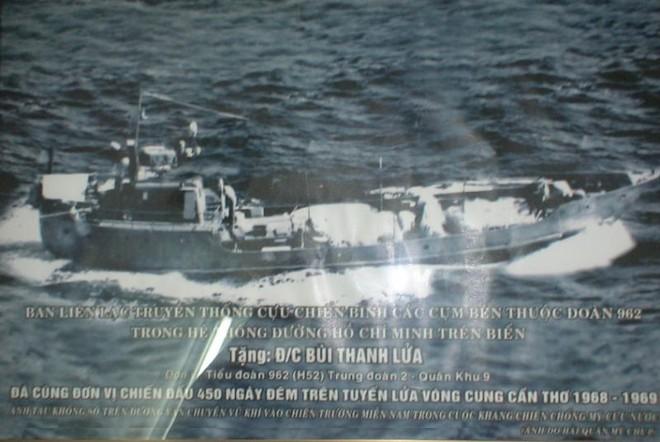 Tàu không số chiến đấu 450 ngày đêm trên tuyến lửa vòng cung Cần Thơ (ảnh do bà Lan cung cấp).