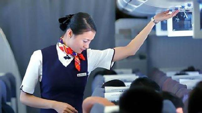 Góc tối nghề tiếp viên hàng không