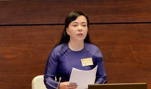 Bộ trưởng Nguyễn Thị Kim Tiến: Mỗi người dân yếu ớt là một dân tộc yếu ớt