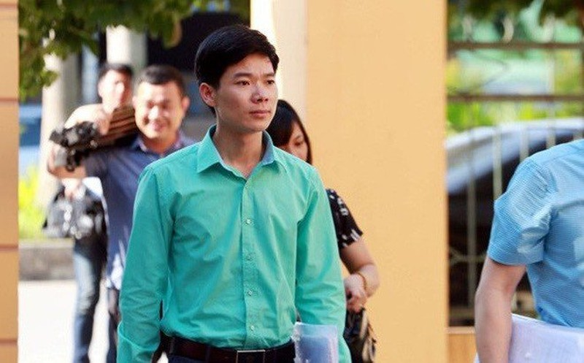 Bác sỹ Hoàng Công Lương tiếp tục hầu tòa