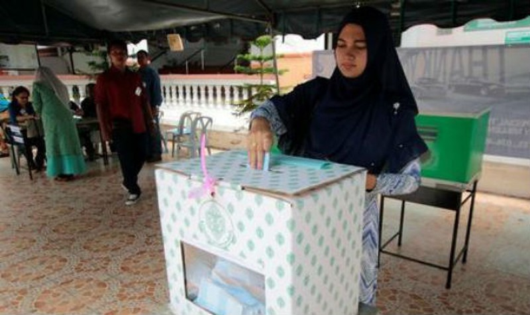 Thái Lan trưng cầu ý dân về hiến pháp