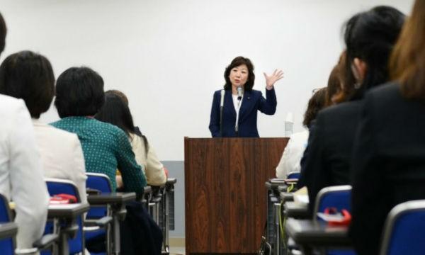 Nhật Bản thông qua luật khuyến khích nữ giới tham gia chính trị
