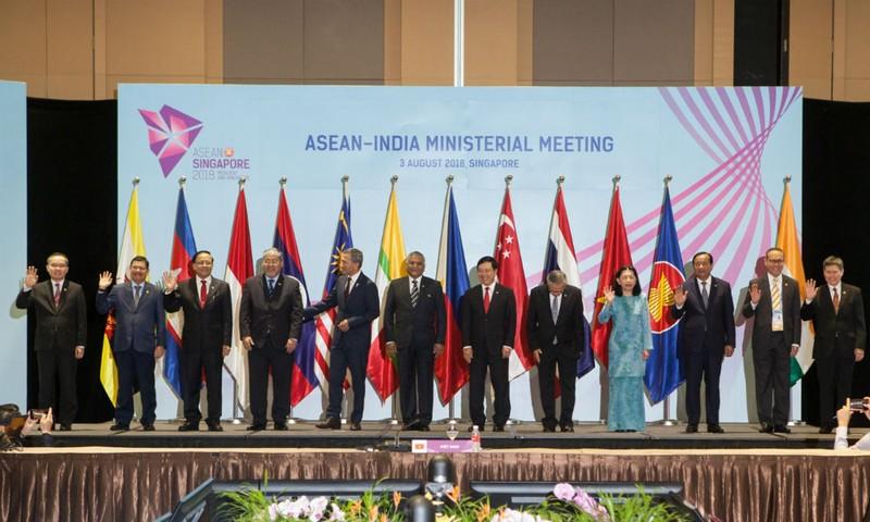 ASEAN - Ấn Độ: Phấn đấu đạt mục tiêu kim ngạch thương mại 200 tỉ USD