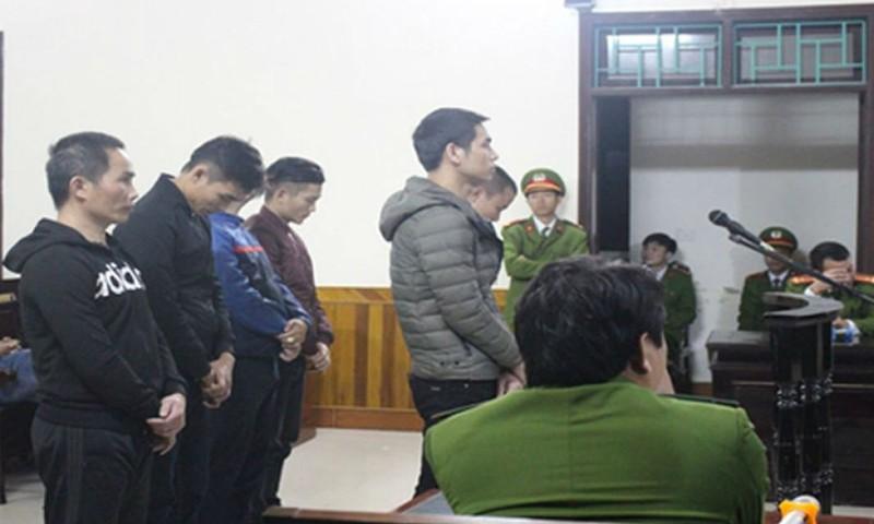 Những 'điểm mờ' tố tụng trong vụ án mạng xôn xao Hà Tĩnh: Bài 3 - Dấu hiệu 'kịch bản đổ tội'
