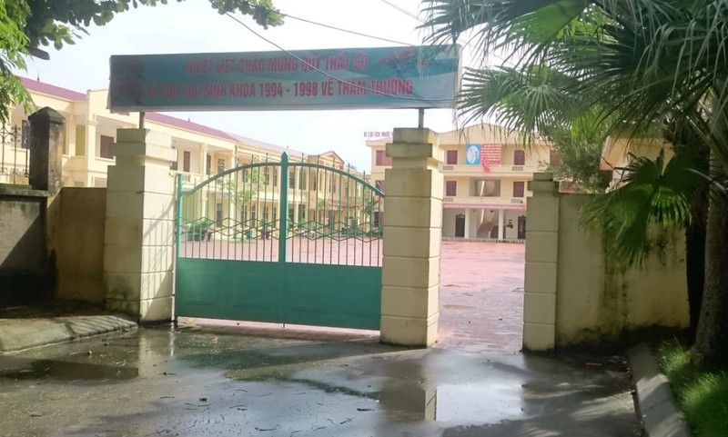 """Trường THCS Hải Thành (Hải Phòng): Chưa có quyết định điều chuyển, giáo viên đã bị """"loại"""" khỏi trường"""