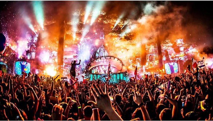 Dừng lễ hội âm nhạc điện tử: Nhìn từ góc độ pháp lý