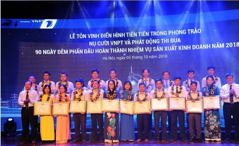 Nụ cười VNPT - hình ảnh người VNPT thân thiện và trách nhiệm