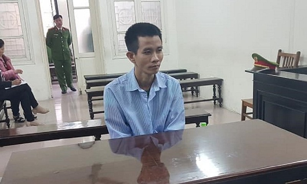 Cầm dao truy sát bạn vợ, chồng lãnh 9 năm tù