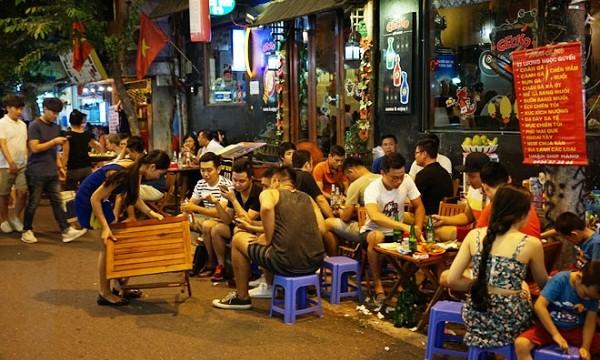 Đề nghị dừng việc cho phép kinh doanh tới 2 giờ sáng tại quận Hoàn Kiếm