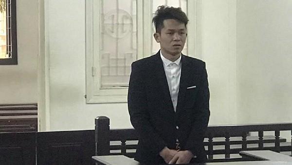 Trộm tiền của chị gái, 9X lĩnh 6 năm tù