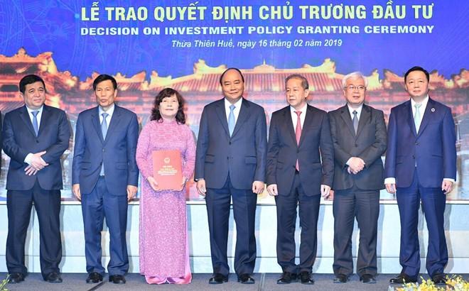 Đầu tư sân bay, mở cửa bầu trời để phát triển kinh tế miền Trung - Ảnh 2