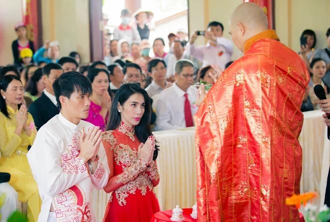 """Lễ Hằng Thuận trao chữ """"Nhẫn"""" vào tim mỗi người"""