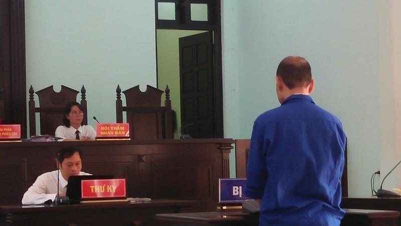 Việt kiều hai lần về thăm quê hai lần gây án