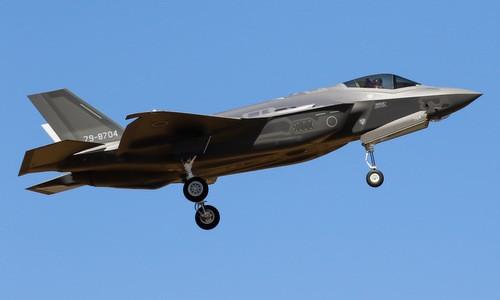 Nhật tìm thấy xác máy bay F-35 bị rơi ở Thái Bình Dương