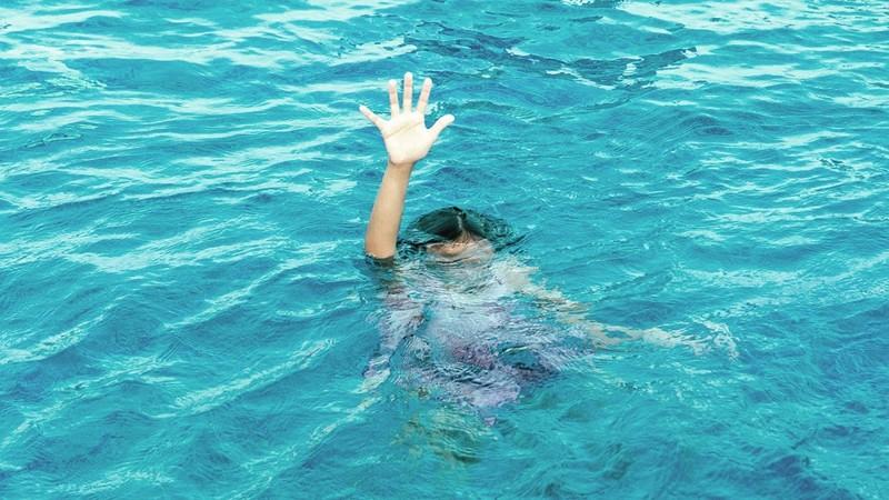 Khi có người bị đuối nước phải xử lý ra sao?