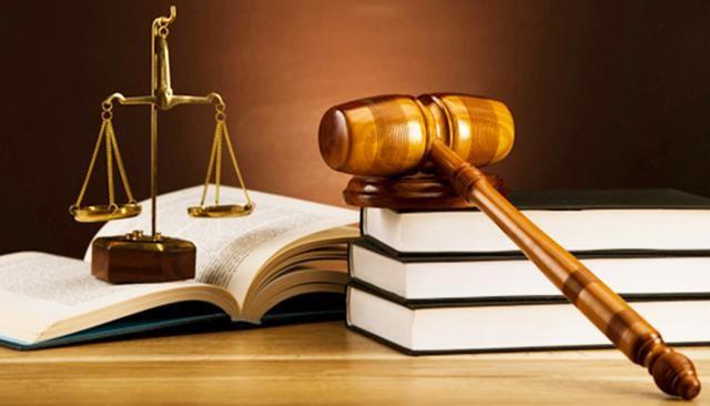 Thẩm quyền quyết định đình chỉ giải quyết vụ án dân sự