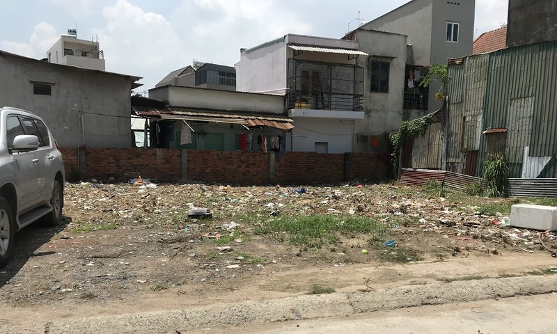 TP HCM: Chính quyền buông lỏng quản lý, đất đang tranh chấp vẫn xây được nhà