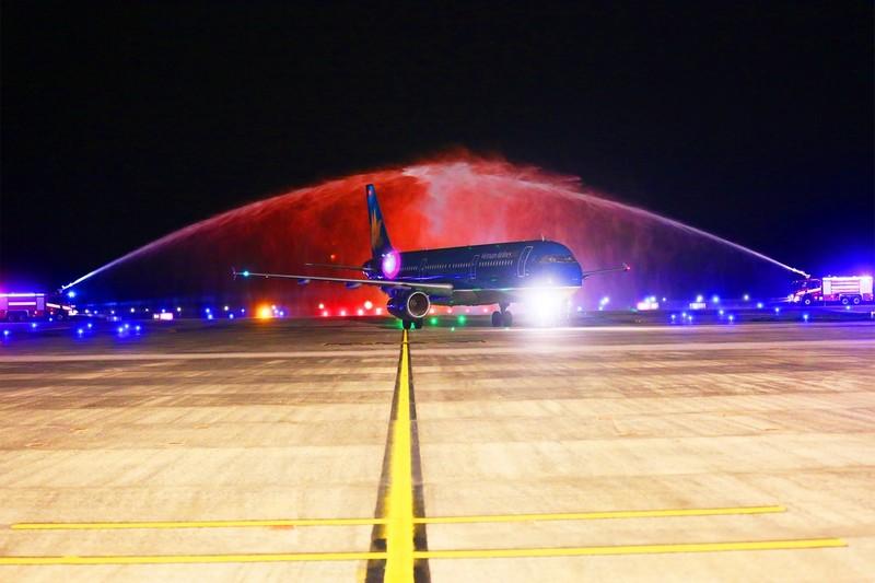 Cảng hàng không Quốc tế Vân Đồn đón chuyến bay đầu tiên từ Hàn Quốc