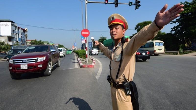 Người dân được giám sát cảnh sát giao thông như thế nào?