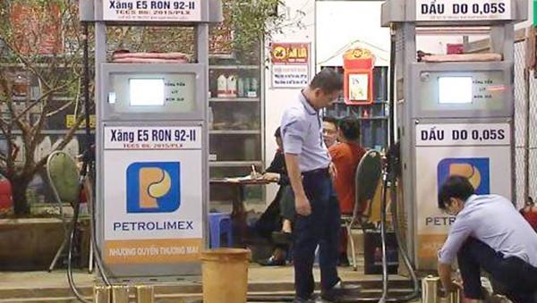 Xử phạt hơn 230 triệu đồng với cây xăng kinh doanh xăng E5 không đủ hàm lượng Ethanol
