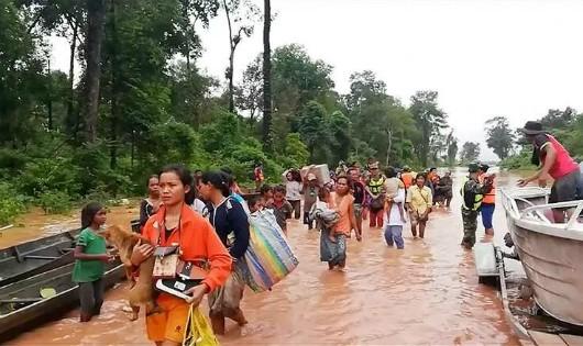 Mực nước đầu nguồn sông Cửu Long ảnh hưởng thế nào sau sự cố vỡ đập ở Lào?