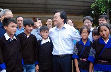 Sao Bộ trưởng Phùng Xuân Nhạ không ghé qua Thanh Sơn?