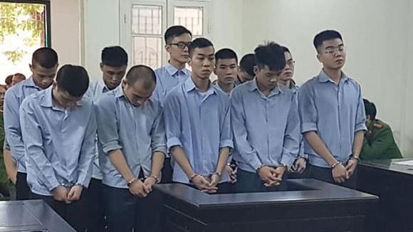 Nhóm thanh niên truy sát người trong bệnh viện Đại học Y Hà Nội lĩnh án