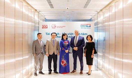 AIA Việt Nam và Kienlongbank hợp tác mang an toàn tài chính cho khách hàng