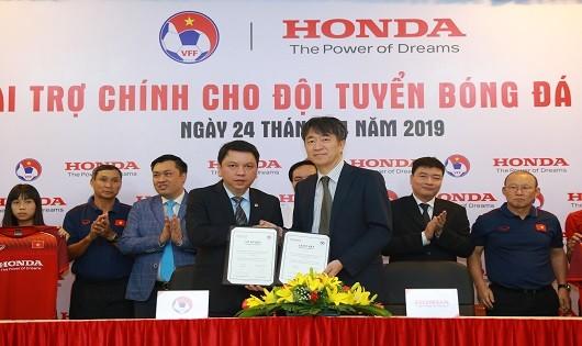 Honda Việt Nam công bố là nhà tài trợ chính  cho các Đội tuyển Bóng đá Quốc gia Việt Nam