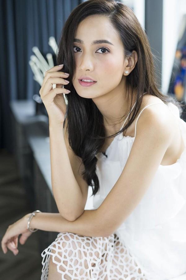 Lisa Wu pics