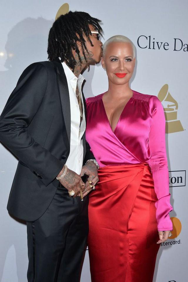 Cô từng kết hôn với Wiz Khalifa và có 1 con trai.