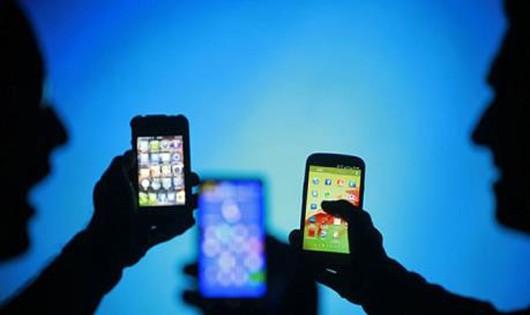 Cảnh báo lừa đảo bán điện thoại 'rởm' giá 'chát'