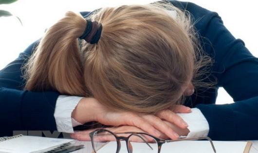 Nữ nhân viên công sở tại Mỹ 'tham ô' hàng nghìn giờ làm để... ngủ