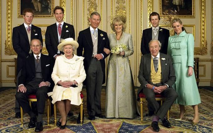 Ảnh cưới chính thức của Thái tử Charles và bà Camilla năm 2005. Ảnh: WireImage.