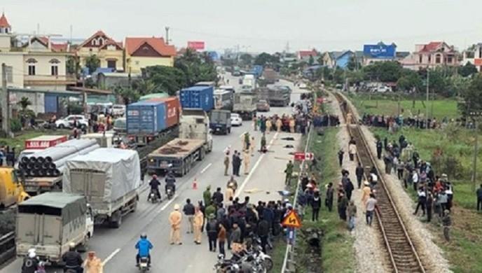 Liên tiếp tai nạn ô tô nghiêm trọng, yêu cầu các tỉnh cấp bách đảm bảo ATGT