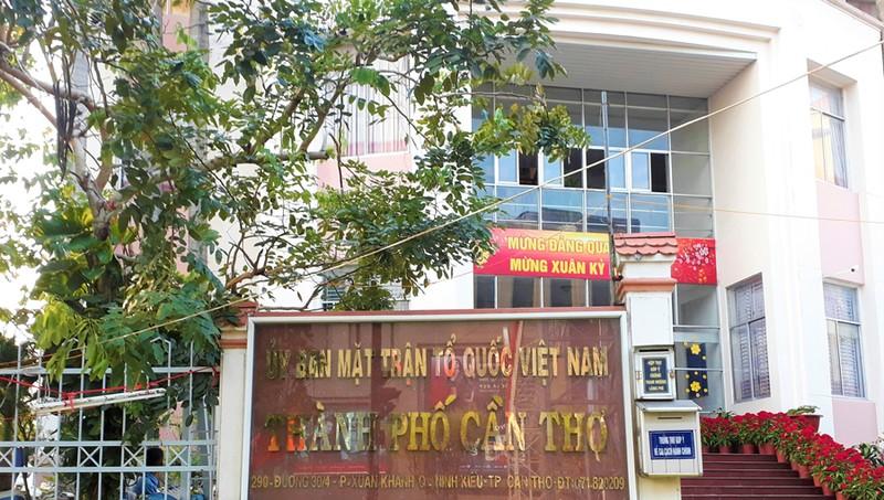 Cảnh cáo nữ Chủ tịch Ủy ban MTTQ Việt Nam TP Cần Thơ